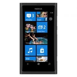 Nokia Lumia 800 en Amigo Kit (R9)